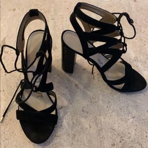 Sam Edelman Yardley black suede lace up block heel